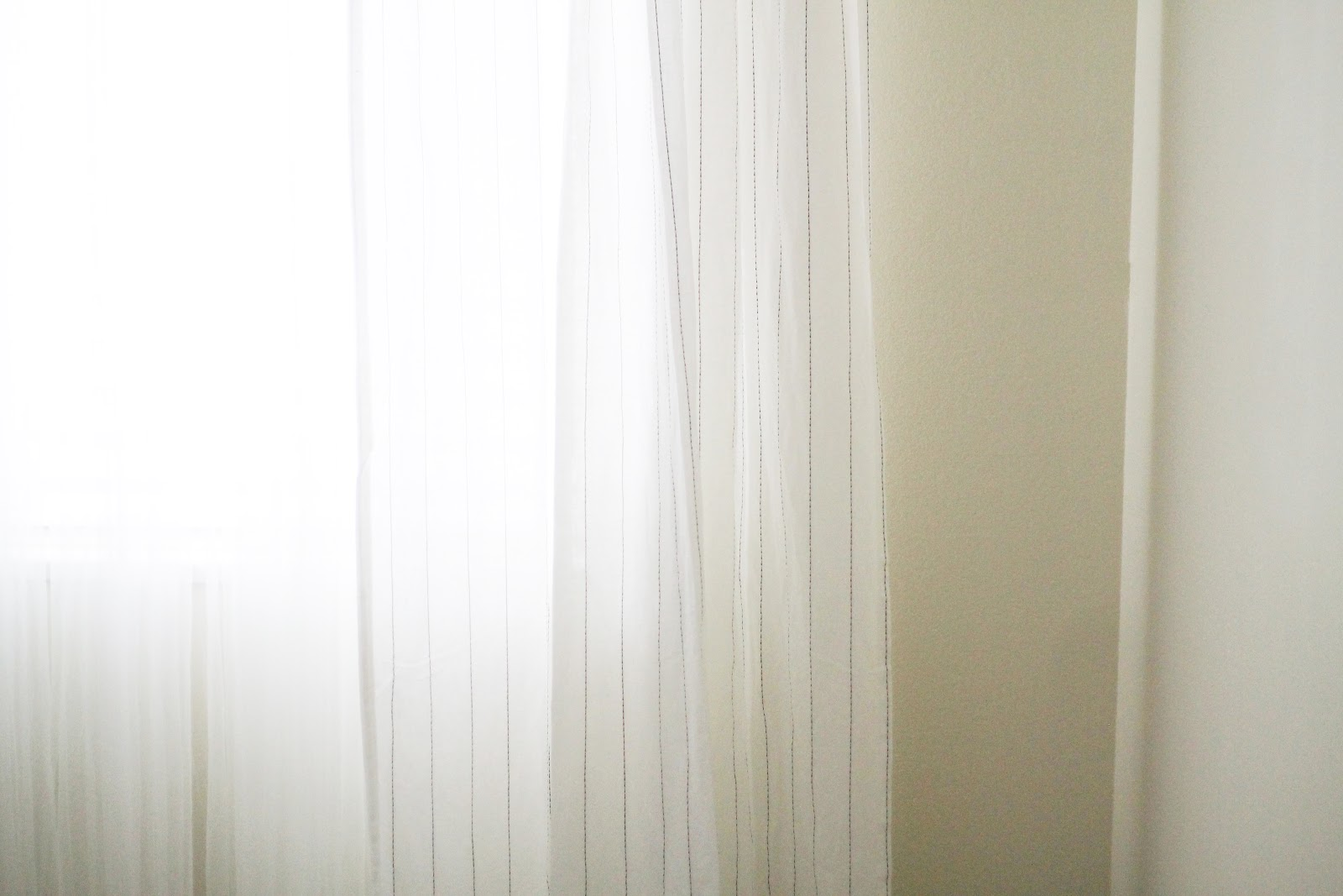 Displaying 18> Images For - Sheer White Linen Curtains...