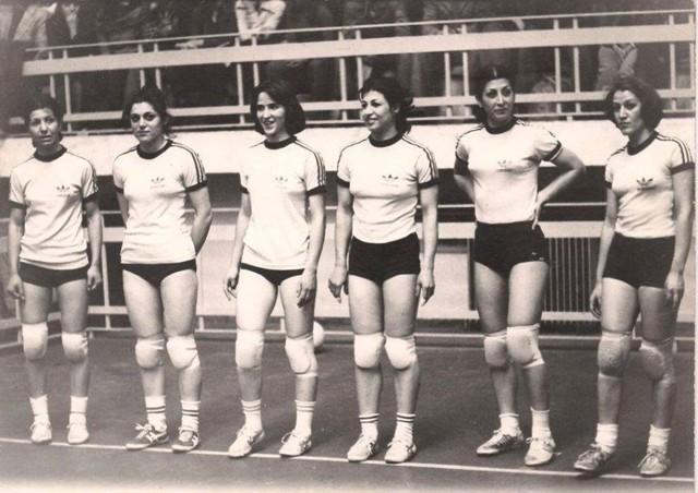 تیم والیبال دختران ایران پیش از انقاب