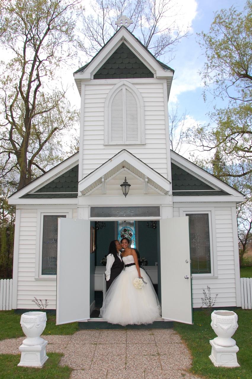 Jen Shoots Weddings Niagara Wedding Jennifer And Tamiko