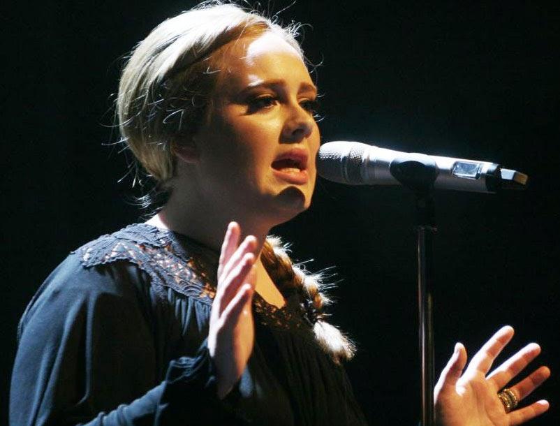 Profil Adele Laurie Blue Adkins - Biodata dan Foto | Blog Lirik Lagu