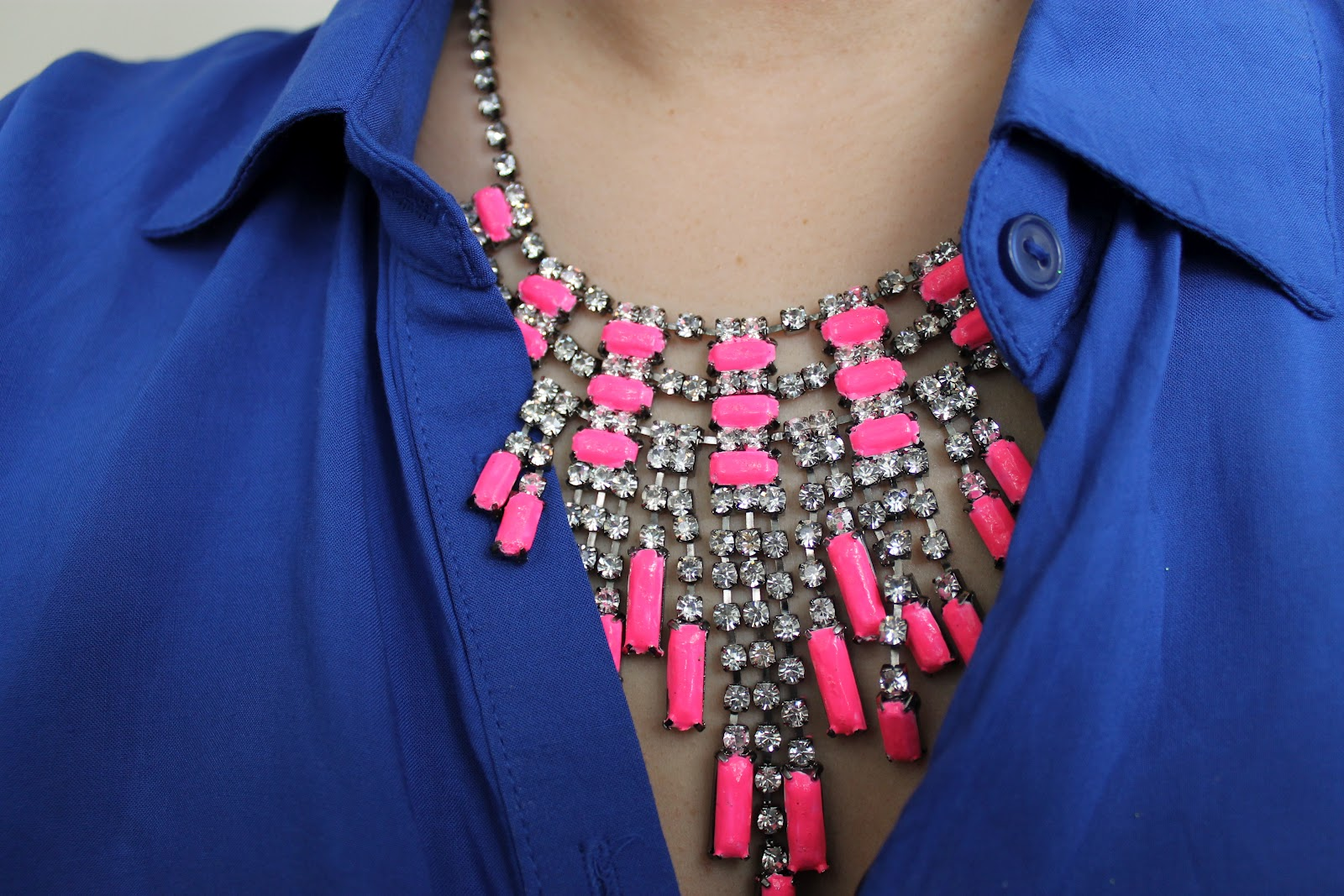 beauty the beard diy neon painted necklace. Black Bedroom Furniture Sets. Home Design Ideas