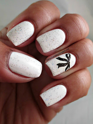 White, bow, glitter, Orly Shine On Crazy Diamond, Daisy Nail Lacquer, White Diamond, nail tattoo, water decal, nail's nail art, nail design, mani,