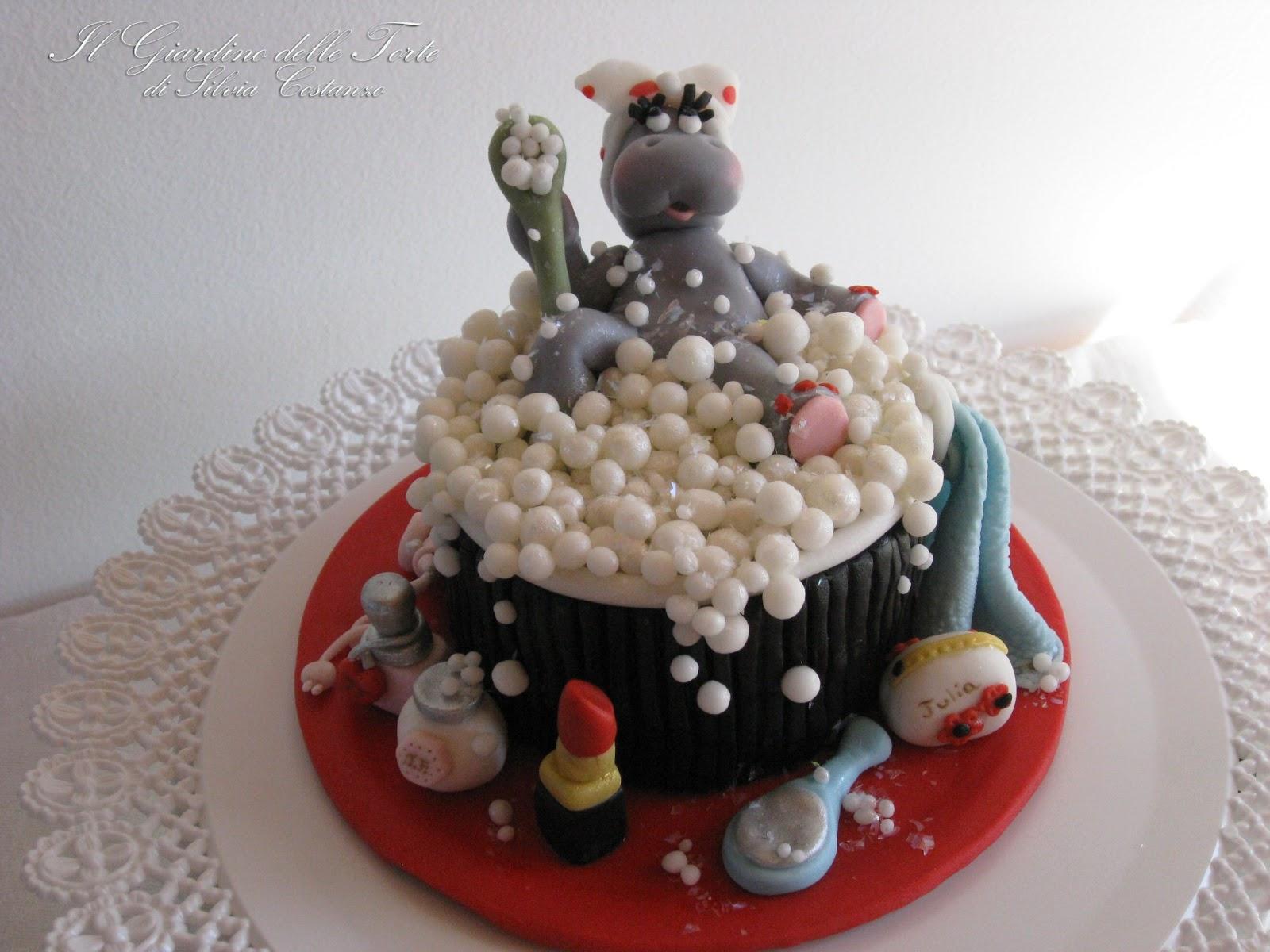 Il giardino delle torte bellezza al bagno una minicake per i 21 anni di julia - Bagno per torte senza liquore ...
