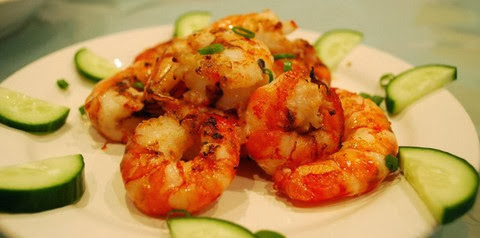 Grilled Chili Prawns with Lemon and White Pepper