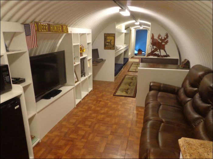 Doomsday bunker in california damn cool pictures for Personal home design