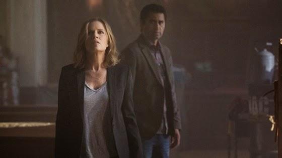 Nancy Tompkins y Sean Cabrera  los personajes de Fear