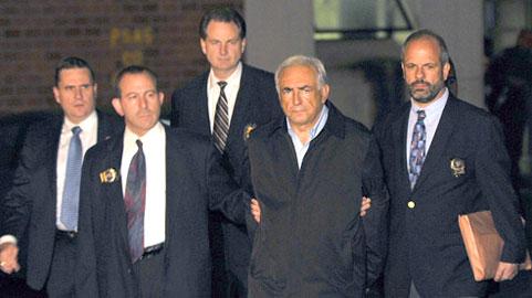FMI: Prisão de Strauss-Kahn choca a França e embaralha corrida presidencial