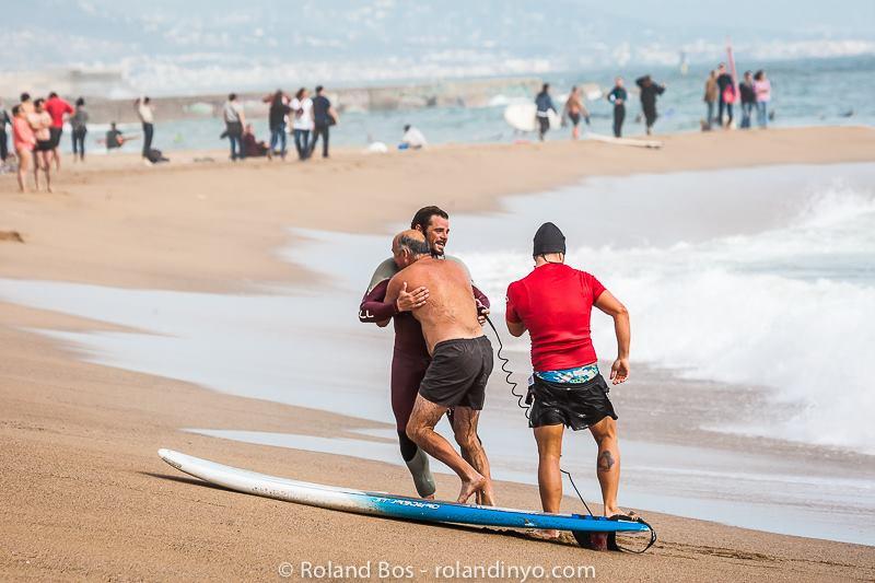 rescate de un banista surf