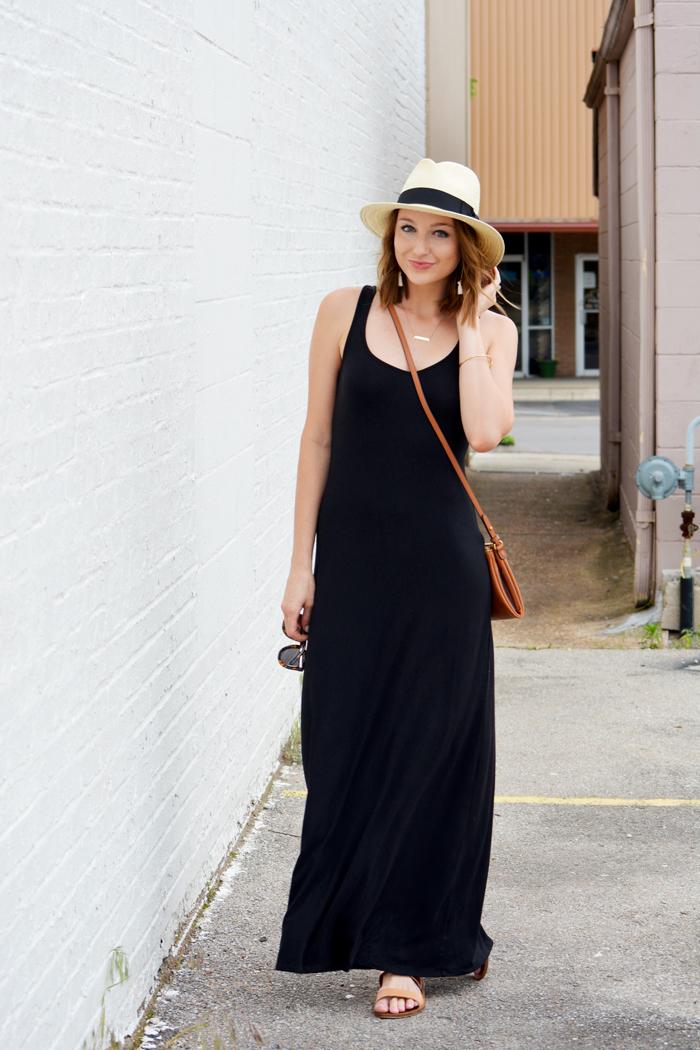 Simple Maxi Dress + Memorial Day Sales ee8ea70b897