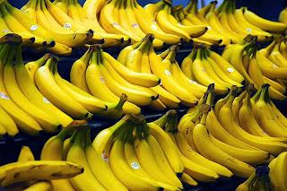 Hidratação para cabelos cacheados usando banana