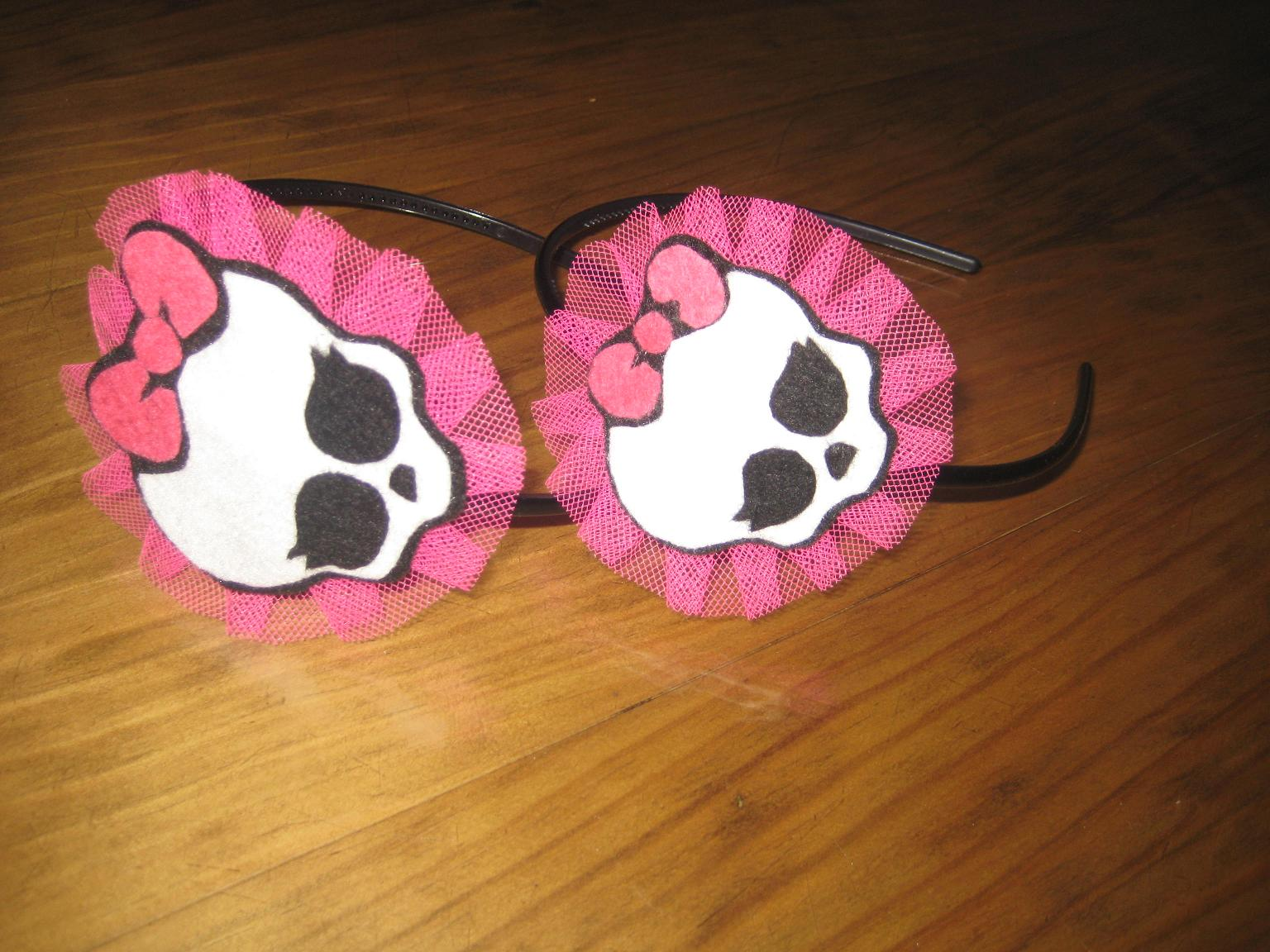 Dos Nuevas Creaciones  Collares Monster High Y Diademas Monster High