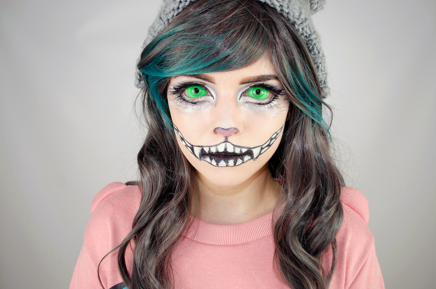 Halloween Special: Cheshire Cat Makeup Tutorial using UV Glow Sclera Lenses & Gradient Gray Wig
