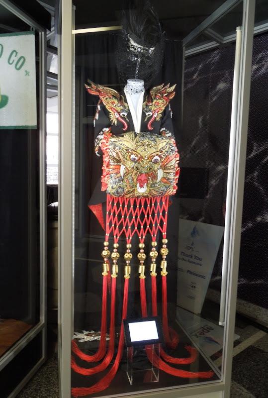 Cruella de Vil 102 Dalmatians costume
