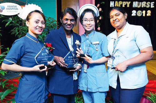 kerjaya jururawat perlu sabar dan senyum