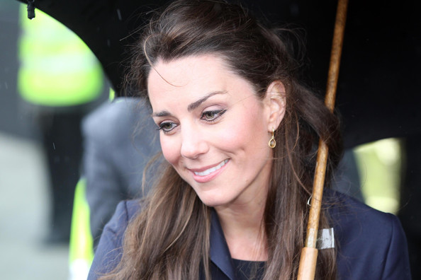 kate middleton thin. kate middleton thin. is kate. psaxena. 10-01 08:09 PM