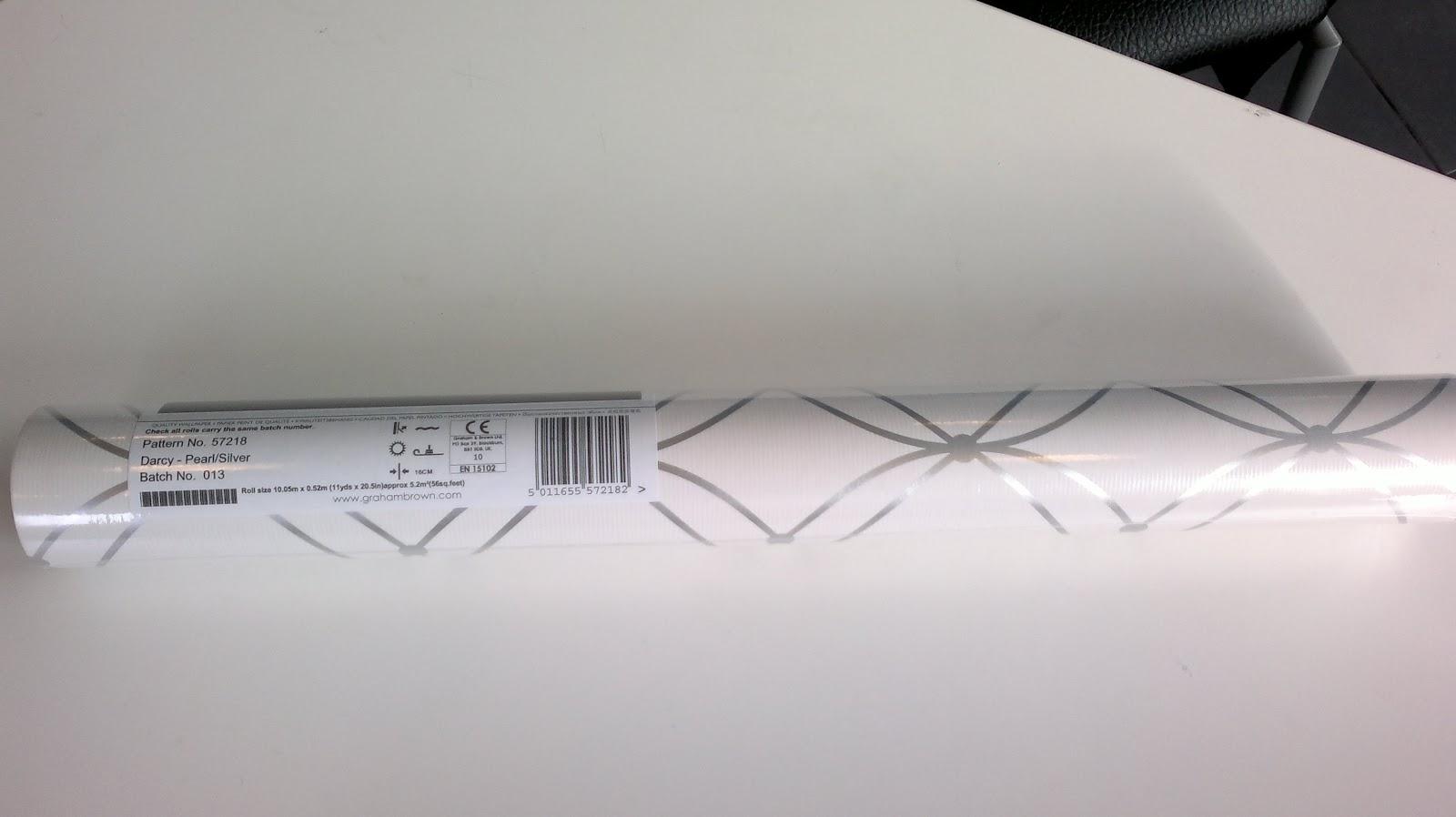 http://1.bp.blogspot.com/-yxz3W9G3obc/T18JUxbjTJI/AAAAAAAACYs/mPSdZHT8iZM/s1600/Graham+Brown+Mode+Darcy+wallpaper+(1).jpg