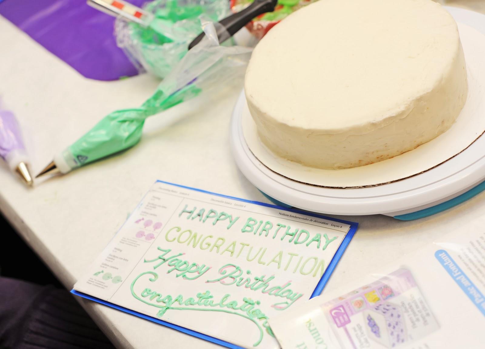 Crafts wilton cake decorating
