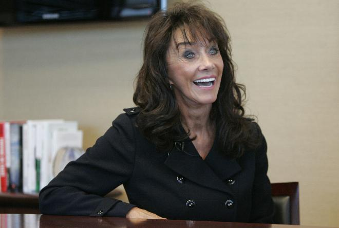 Cognitive dissidence diane hendricks has the last laugh for Hendricks house
