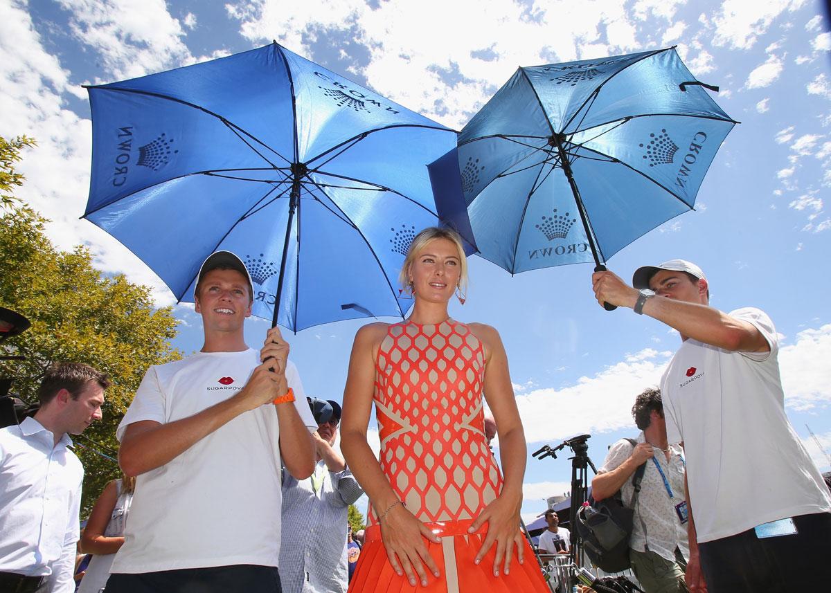 http://1.bp.blogspot.com/-yy5M8Ugfjq0/UPBjFzpcFtI/AAAAAAAAqmQ/vC80rkYEV_o/s1600/MARIA-SHARAPOVA-at-Sugarpova-Launch-in-Melbourne-04.jpg