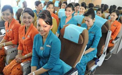 Contoh Model Baju Pramugari Garuda Indonesia Terbaru