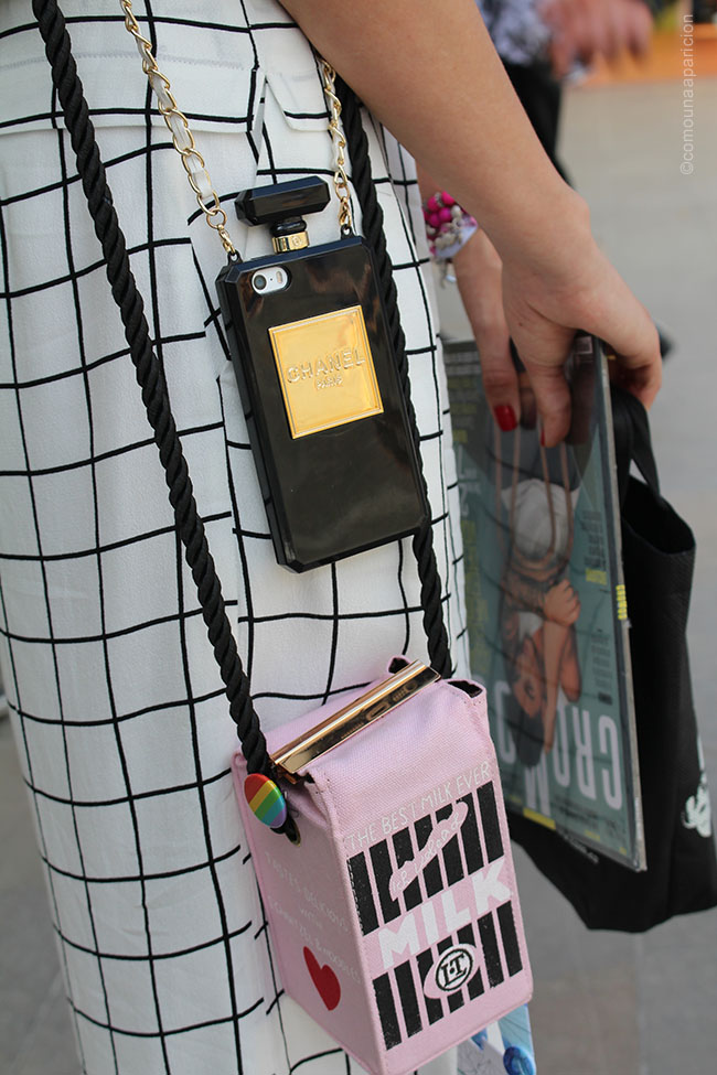 como-una-aparición-street-style-summer-fashion-accesories-novelty-bags-moda-en-la-calle-street-looks-colombian-bloggers-bloggers-de-moda-en-colombia