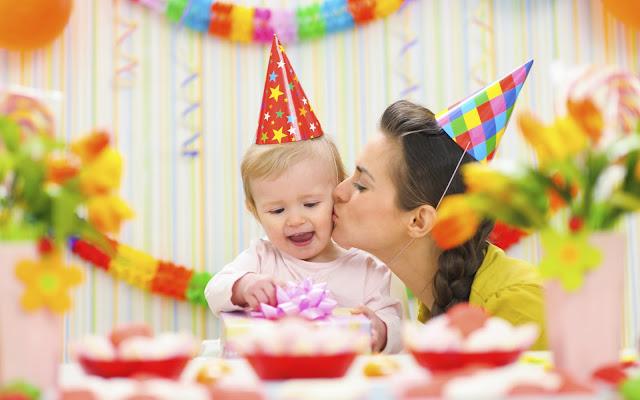 foto moeder kind verjaardag jarig