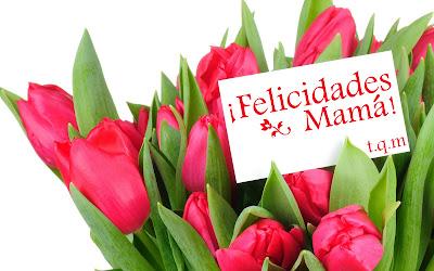 Arreglo floral de tulipanes con mensaje Día de las Madres