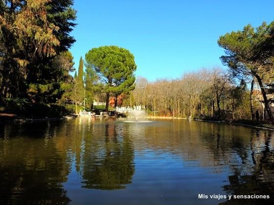 Estanque Parque Quinta de los Molinos. Madrid
