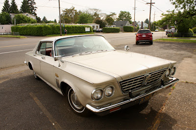 1964 Chrysler New Yorker 4-dr hardtop.