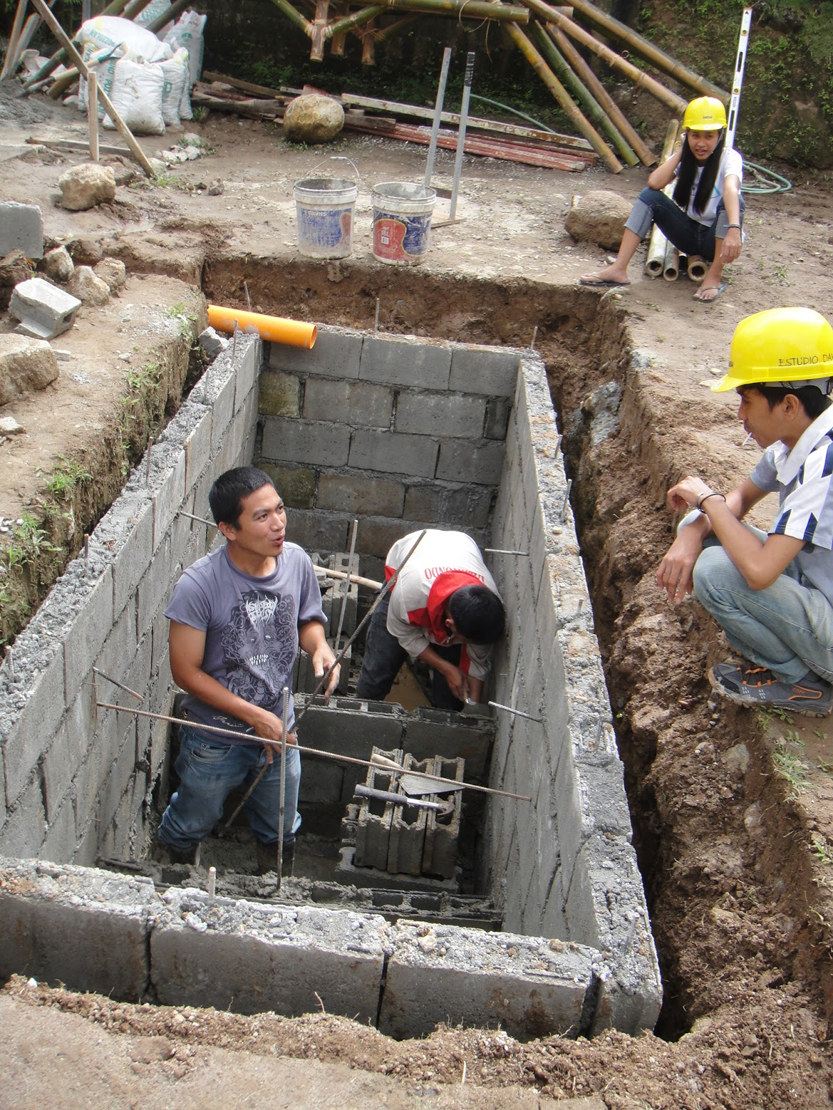 Philippines design build studio february 2013 for How to build a septic tank