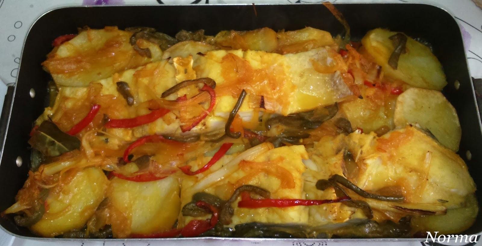Cinco fogones bacalao con patatas y verduras al horno - Cocinar bacalao desalado ...
