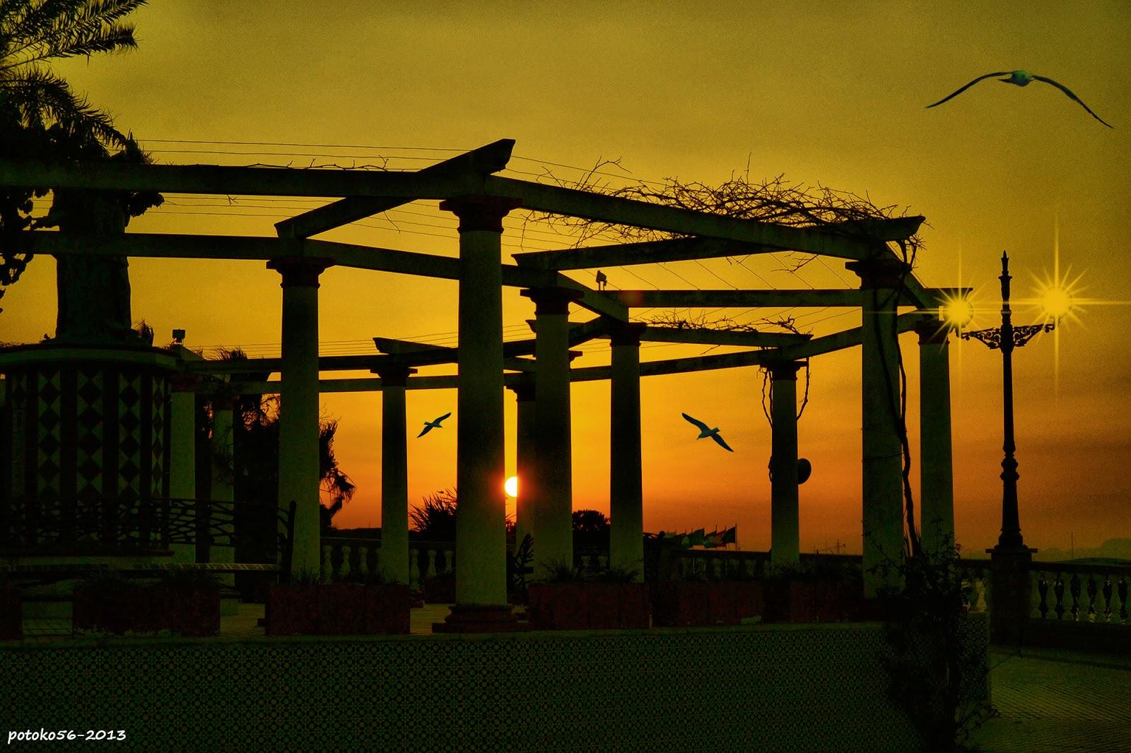 Mirador del Paseo del Chorrillo amaneciendo Rota