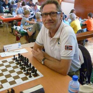 Raymond, fan de Carlsen © Chess & Strategy