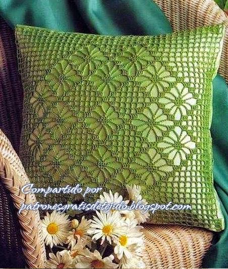Funda para almohadon bello diseño al crochet