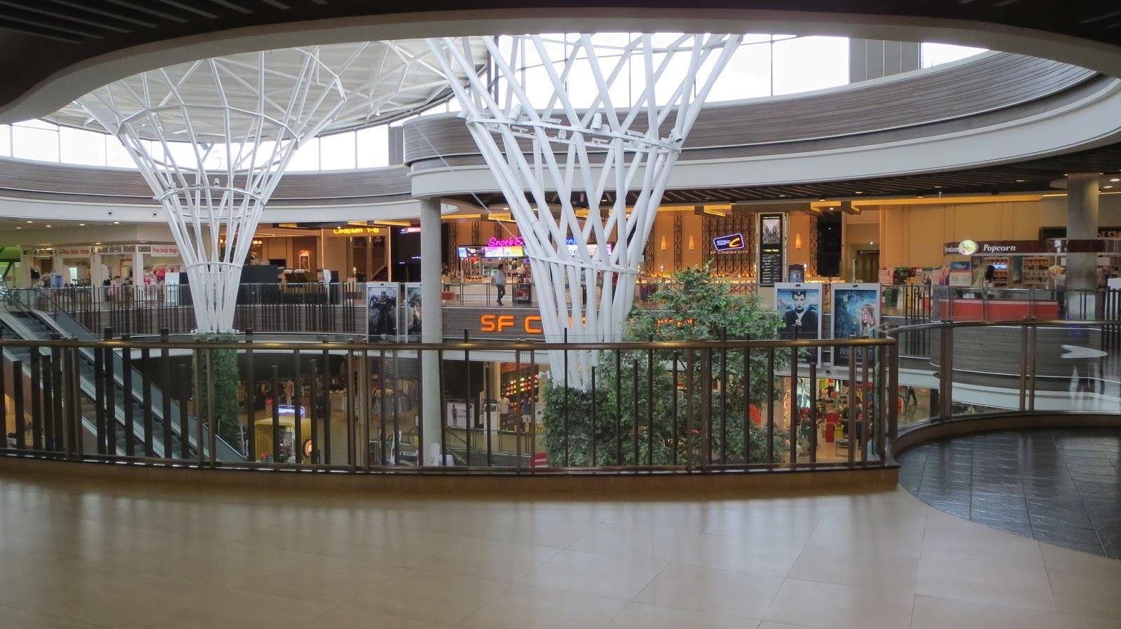 Season fashion mall chiang mai 38