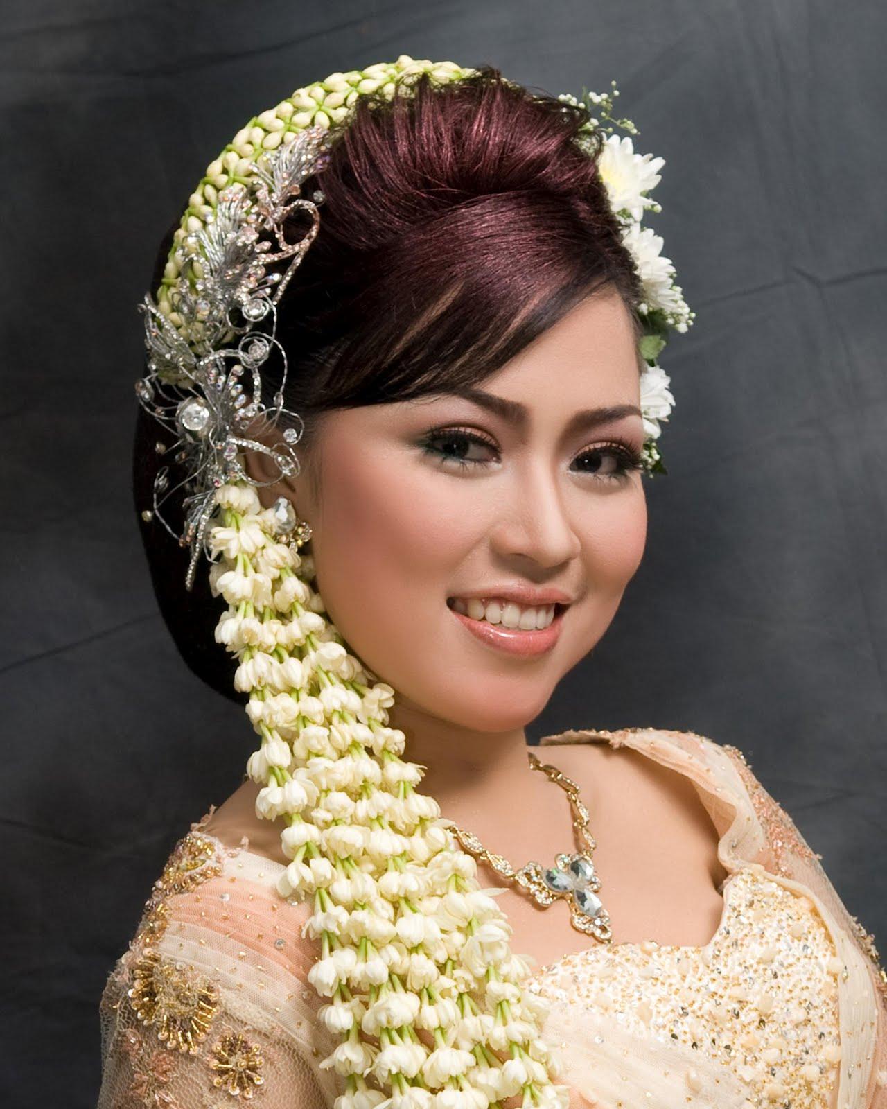 Sanggul Pengantin Modifikasi   hairstylegalleries.com