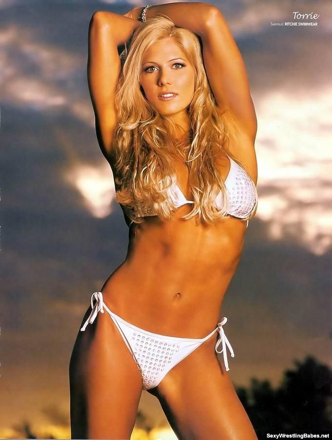 Download torrie wilson sexiest 2011 images wwe hot divas for Hottest wwe diva