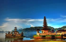 Tempak Wisata Terbaik Indonesia Versi Cipta Award 2013