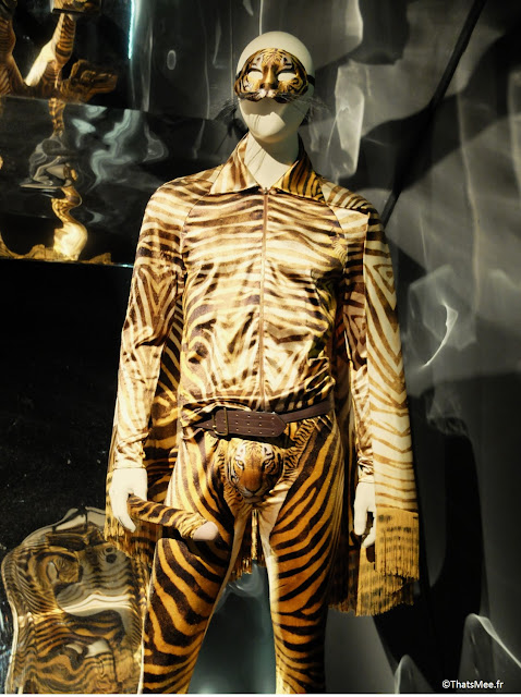 costume tigre super sexy queue penis Jean-Paul Gaultier, expo JPG Grand Palais Paris