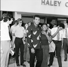 The Champ Was Here: Muhammad Ali on the concourse