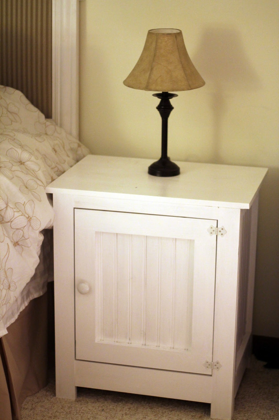 Grounded wife diy nightstand for Simple nightstand designs