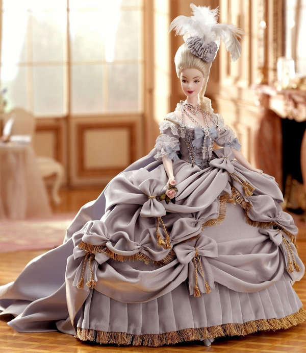 1001 fashion trends: Marie Antoinette fashion influence