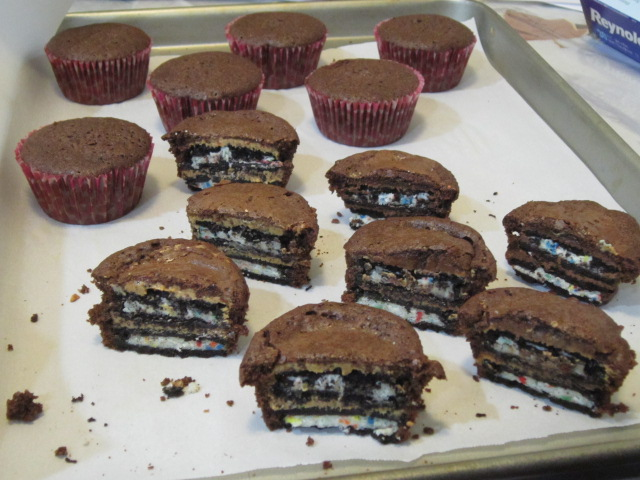 Coast With Me: Oreo & Peanut Butter Brownie Cakes