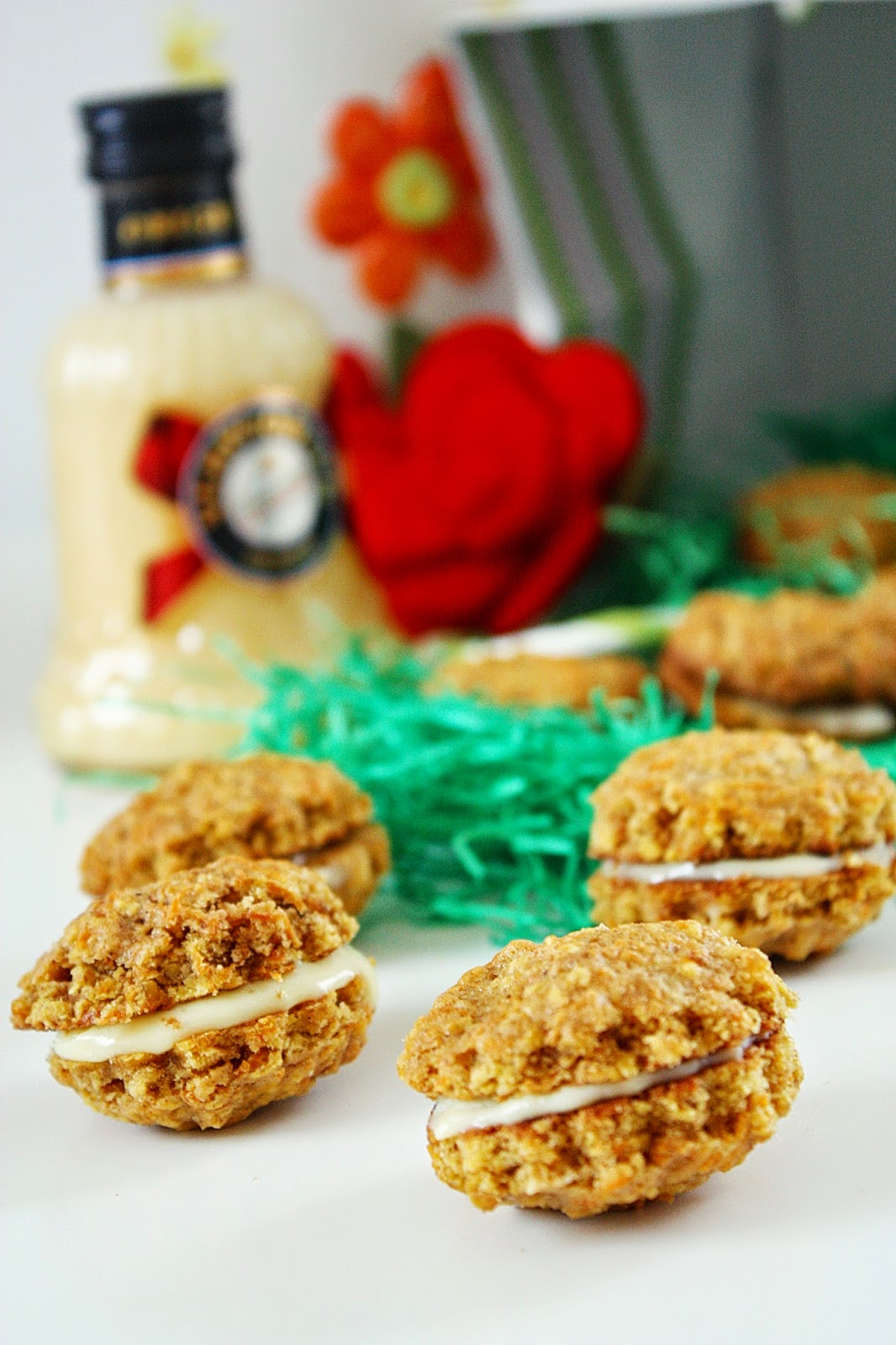 White Truffel & Carrot Cake Cookies