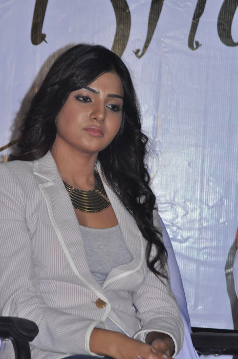 samantha new @ eega press meet glamour  images