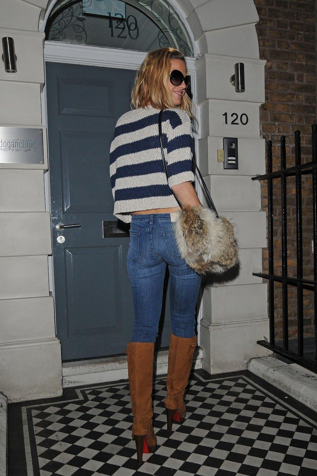http://1.bp.blogspot.com/-z0Xeqlj30yM/TzENiAKVicI/AAAAAAAAJes/YpUDTmPv82o/s1600/sploogeblog_sarah_harding_croptop_jeans_kneeboots_candids_01.jpg