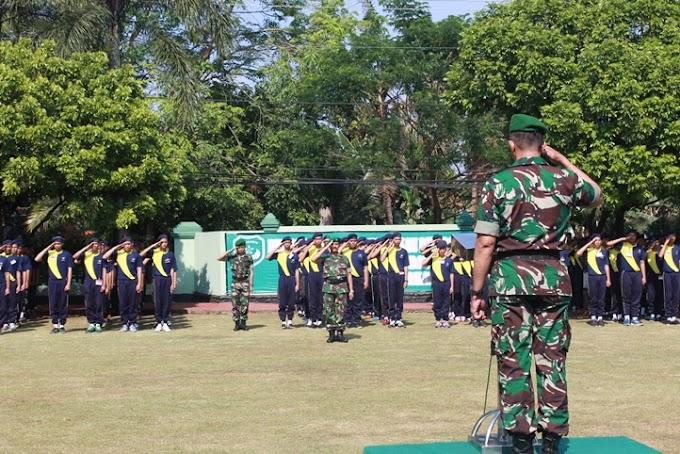 Kodim 0508/Depok Berikan Pelatihan Semi Militer Siswa SMK Nasional