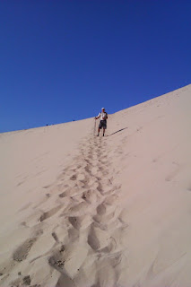 http://stephjb.blogspot.co.uk/2014/10/ascending-dune-du-pyla-and-picnicking.html