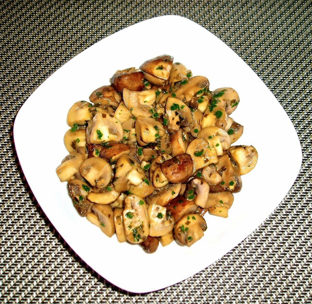 Tarragon Wine-Glazed Mushrooms