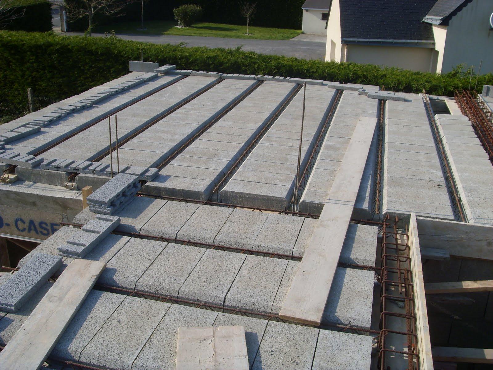 construction de notre maison ma onnerie plancher b ton. Black Bedroom Furniture Sets. Home Design Ideas